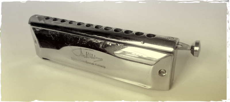 In the ABC course for Jazz harmonica you learn to play your chromatic harmonica in 10 video lessons. Theoretical and practical